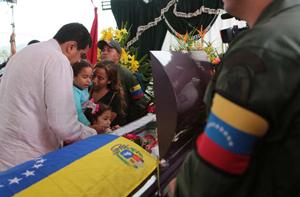 Eufemismos para justificar ola de terror en Venezuela: 8 asesinatos de chavistas son `enfrentamientos postelectorales´