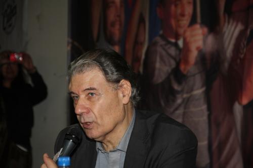 Victor Hugo Morales en encuentro por Cuba