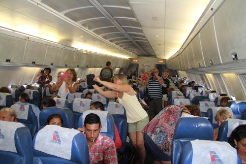 los 90 de Fidel en avión de Cubana